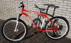 Kerékpárkölcsönzés a Velencei tó környékén egyszerűen