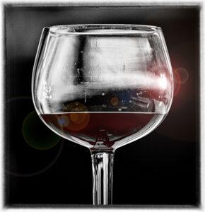 Egyedi boros pohár