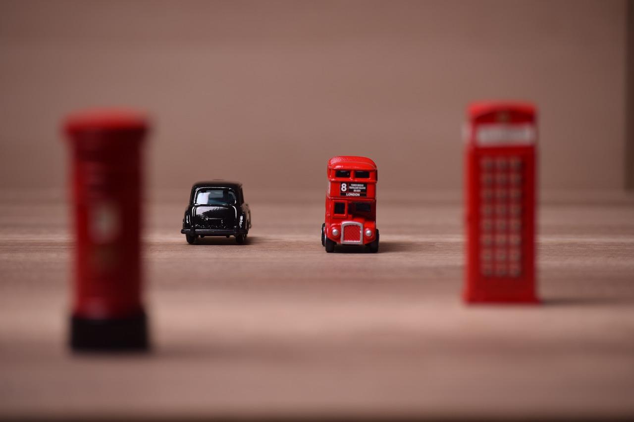 7 személyes kisbusz bérlés külföldre
